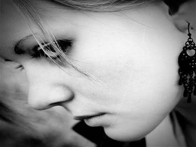 دانلود آهنگ غمگین و احساسی علیرضا روزگار به نام دیگه بستمه