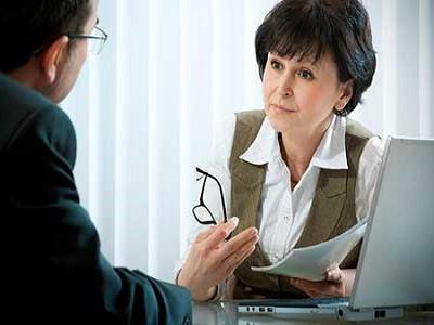چه زمانی باید به روانپزشک یا روانشناس مراجعه کنیم؟