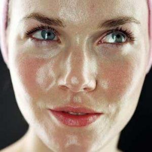 نکاتی ساده برای کنترل پوست چرب
