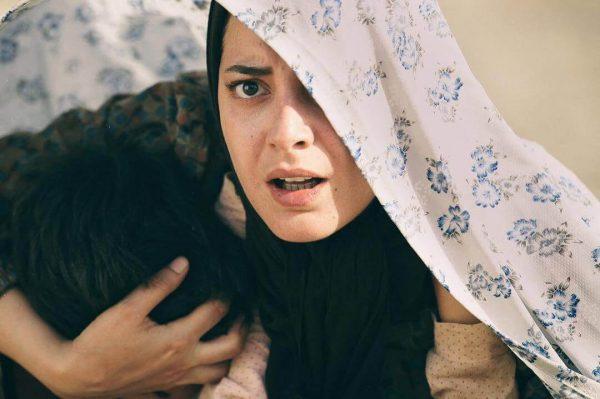 دانلود رایگان فیلم ایرانی ویلایی ها با کیفیت عالی