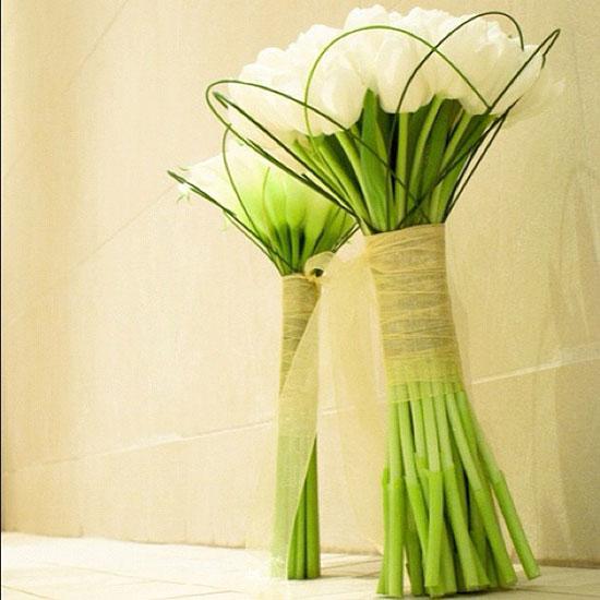 دسته گل عروس لاله